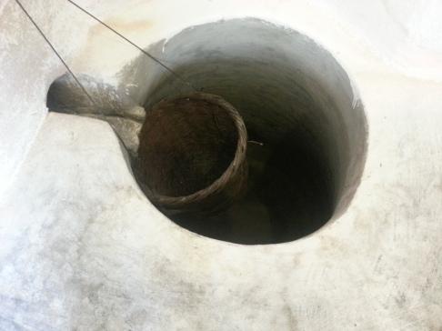 ..e il mosto andava a finire in questa cisterna